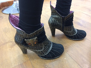 Manifesting boots